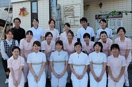 院長から歯科衛生士まで全員女性 心の行き届いた治療を